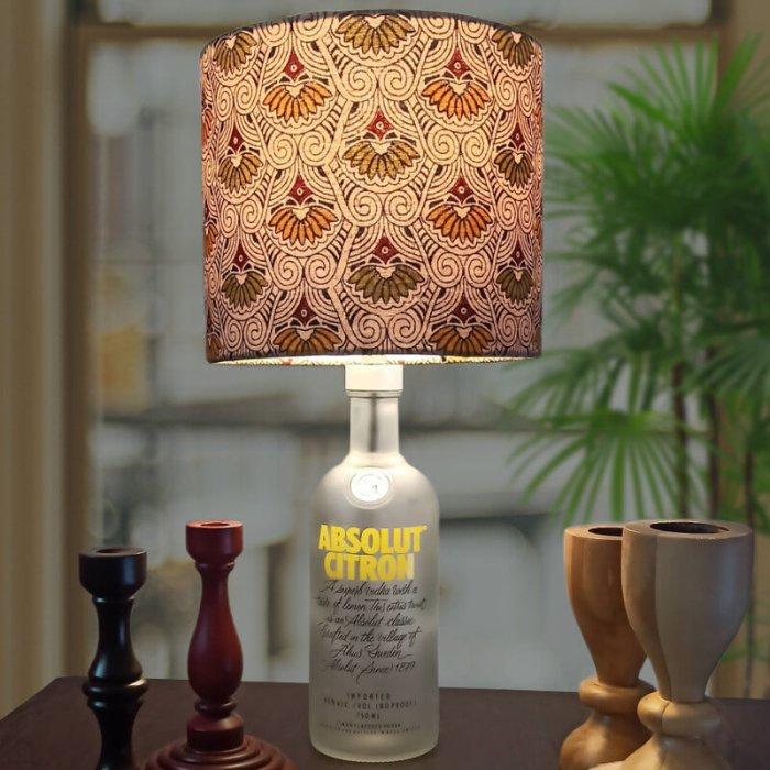 Bottle lamp with bottle lamp kit