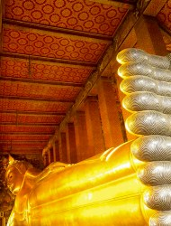 AUG: Wat Pho (Temple of the Reclining Buddha); Bangkok, Thailand