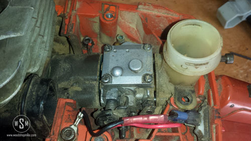 Intake Side, Carb & Air Filter Holder Loose