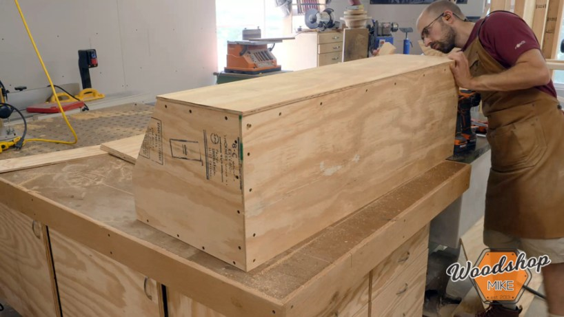 building a nesting box _ How to make a DIY chicken coop