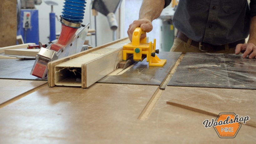cutting a bevel with table saw