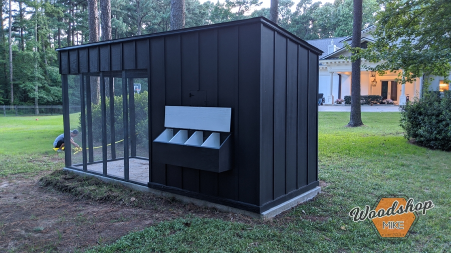 build a lean-to chicken coop with easy access nesting box