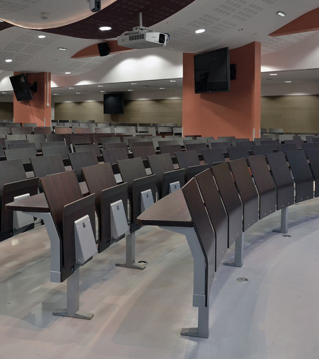LAMM E4000 Education Seating | Woodwood Group