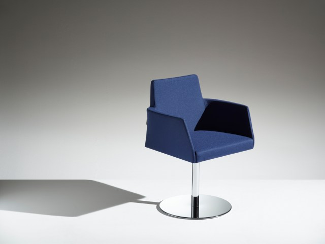 LAMM Fleet Chairs | Woodwood Group