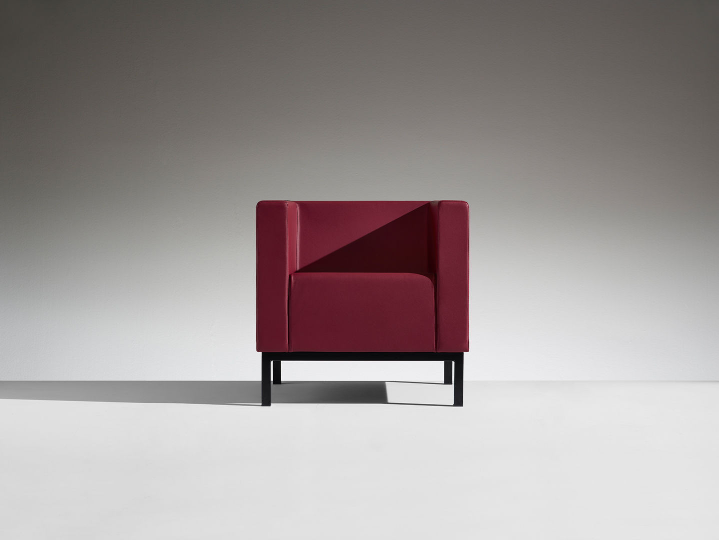 LAMM Polo Chair | Woodwood Group