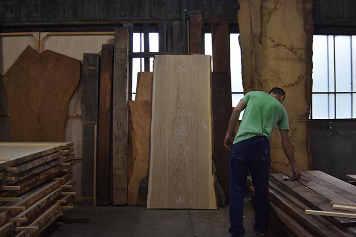 WOODWORKの木材倉庫