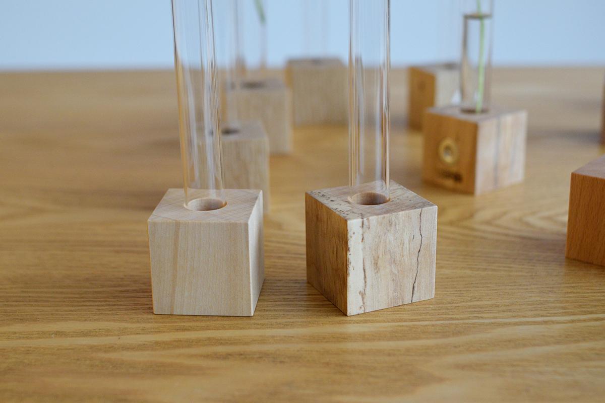 SOLO 一輪挿し 試験管 無垢 木の小物