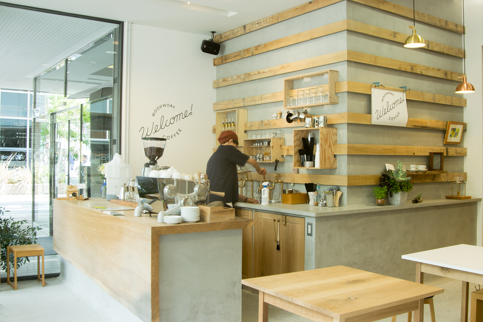 WOODWORK Welcome COFFEE 店内