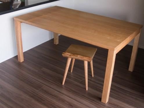 アメリカンチェリー材 ダイニングテーブル スタンダードタイプ2とMiMiスツール