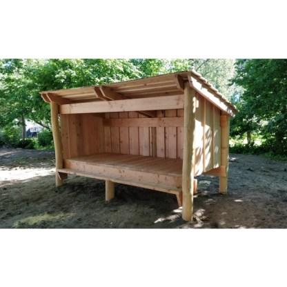 G9037 Shelter med bänk tillverkad av robinia och lärk från Woodwork AB