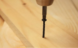How to Screw into Wood – A Handy Tutorial