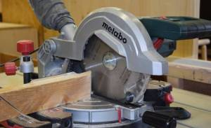 Can you Use a Tile Saw to Cut Wood