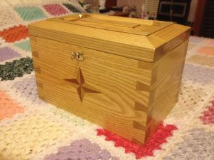 Dovetail box by Mark Armstrong