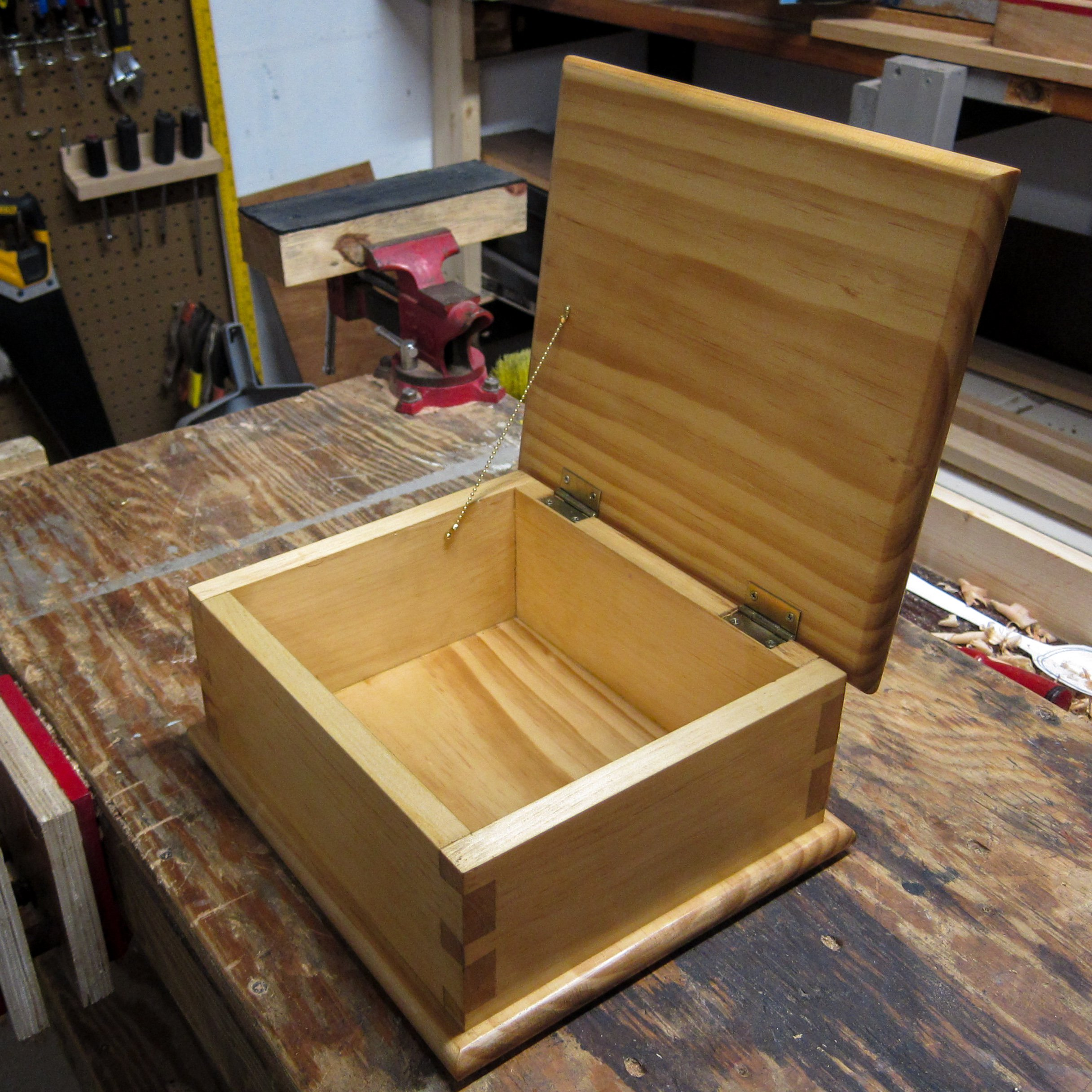 Dovetail Box by John Moore  Woodworking Masterclasses