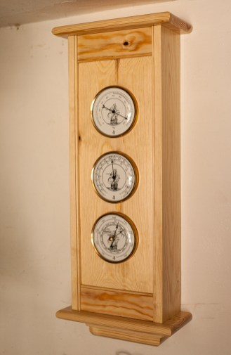 Shaker Style Weather Station by btyreman