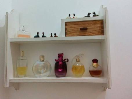 Small floating shelf unit by hhcraft