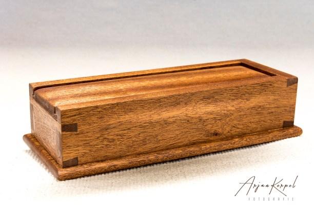 Mahogany dovetailed pencilbox