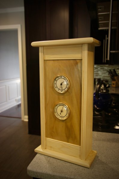 Poplar wall clock. Brushed shellac finish