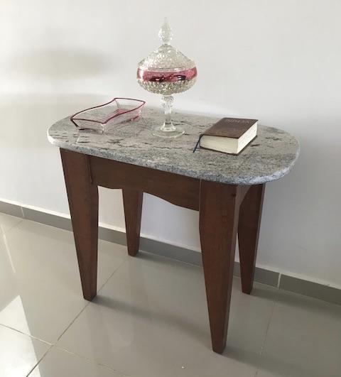 Arcabo wood, granite top