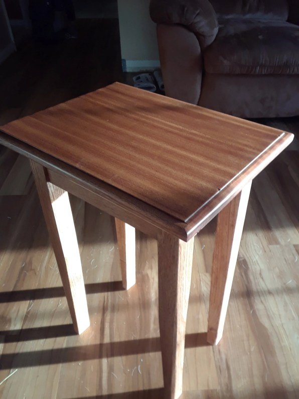 Oak and Sapele table for my wife. She wanted the legs to be straight instead of shaped so I had to leave them.