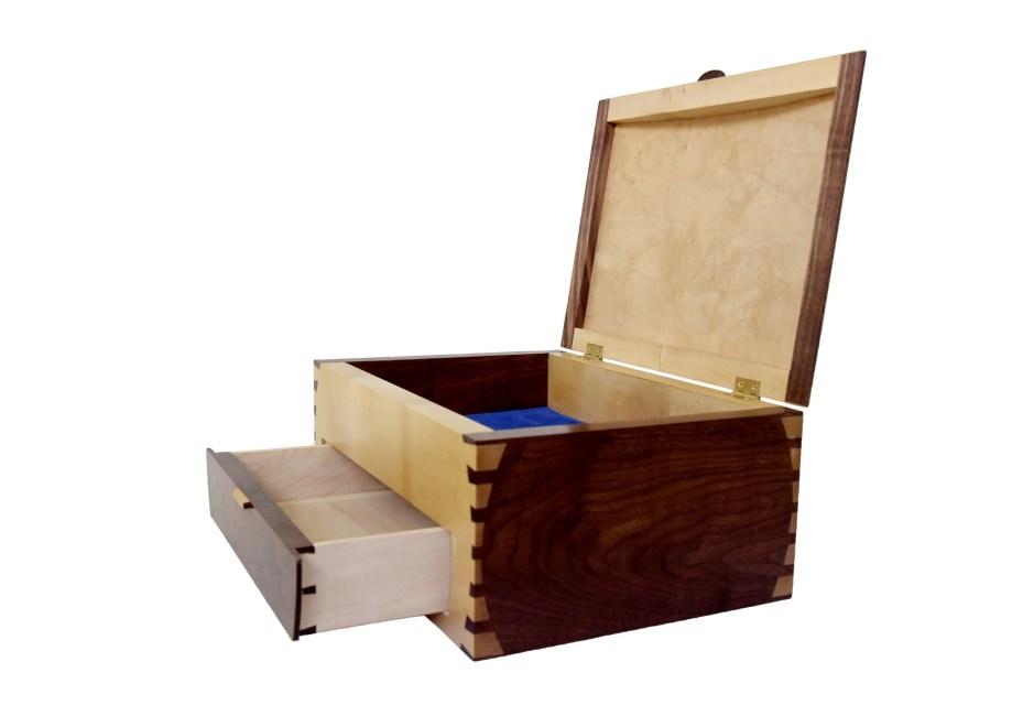 Trinket Box by Tipper Searle