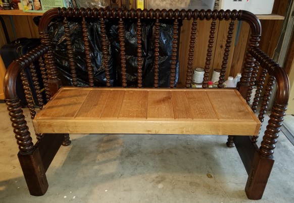 Transition headboard/footboard to bench