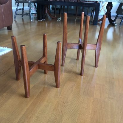 I built these two planter stands as a housewarming gift for my elder daughter, to celebrate their purchase of their first apartment. Here in Vancouver, that's quite an accomplishment. Needed something small but personal. These are cherry, mortise and tenon legs and a half-lap in the crosspiece. Thanks for teaching me how to do these things, Paul!