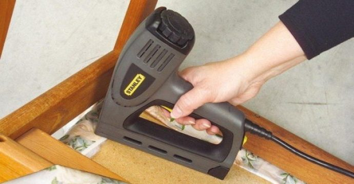 Best Electric Staple Gun Reviews Find The Best Amp Buy