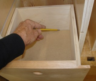 Outlining drawer sides