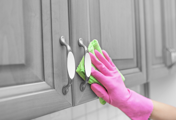 cleaning refinished cabinets woodworks