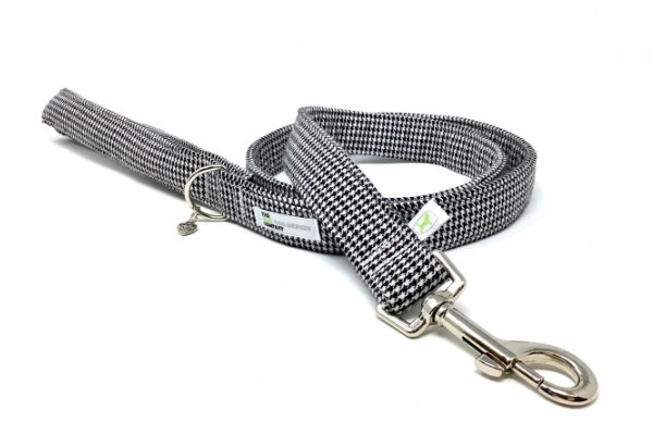 Black And White Dog Lead