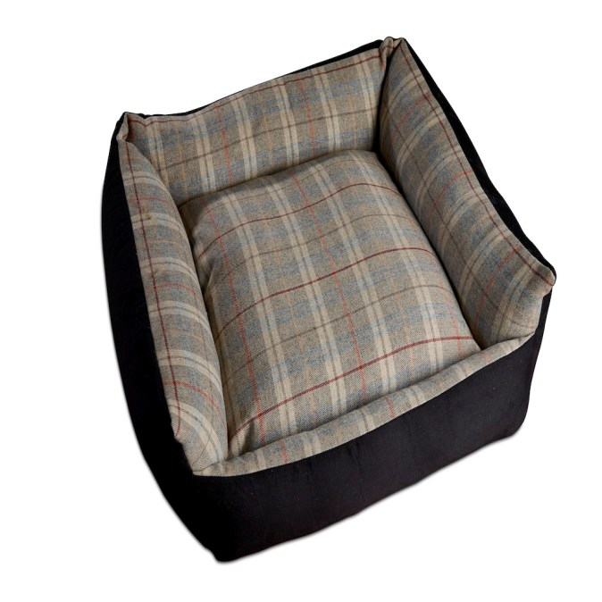 Tweed Wool Dog Bed Grey
