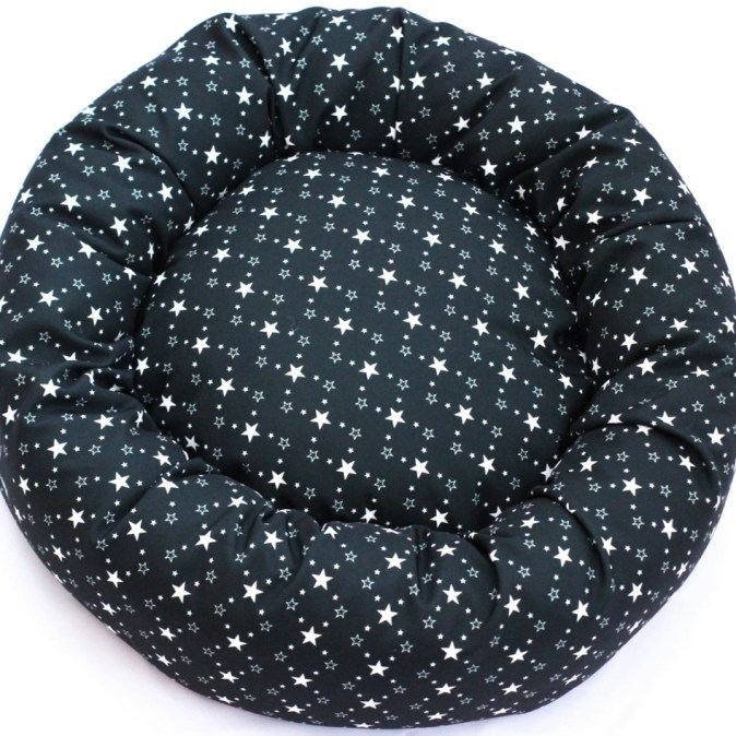 RAVEN STARS -DOG DONUT BED