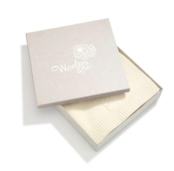 Pudełko z logo obłożone materiałem wysokie 005 | 202-BIG-BOX | www.wooliesandco.pl | shop online