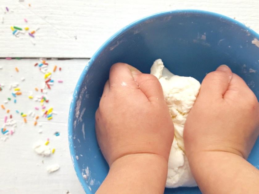 Pâte à modeler à la pâte à gâteau / wooloo