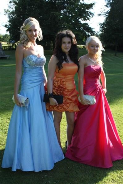 year 11 prom pics 075
