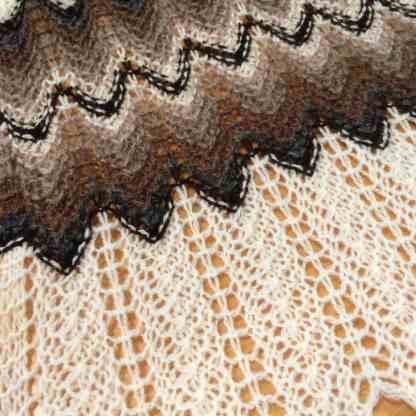 The Shetland wool Razor shell scarf (WS)