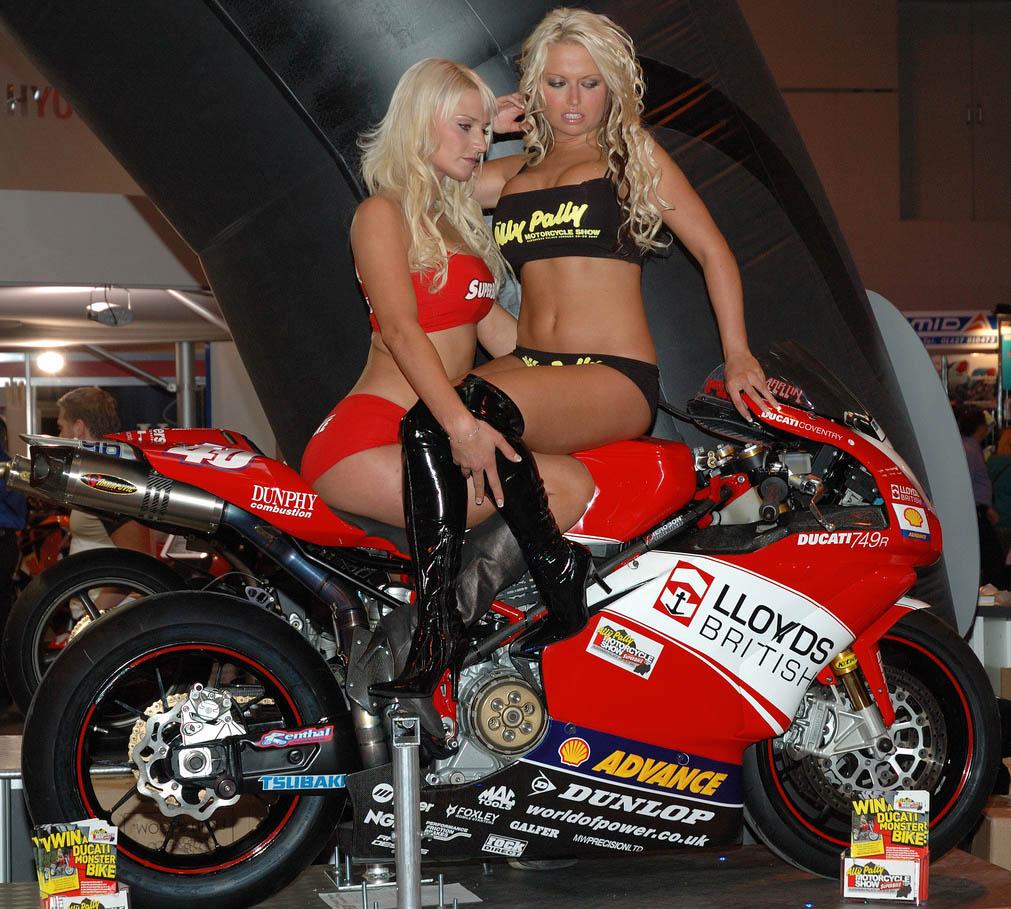 Wallpaper Engine Girl Ducati Monsters Vs Hot Bikini Models