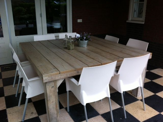 Tafel steigerhout vierkant zijschotjes  wwwwoonenstylingnl