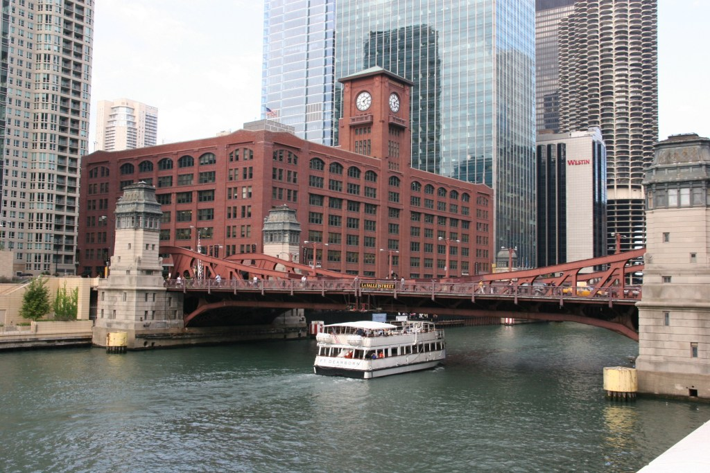 Chicago, architectural boat tour