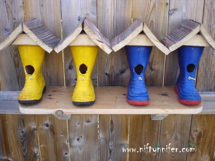 vogelhuisjes van laarzen