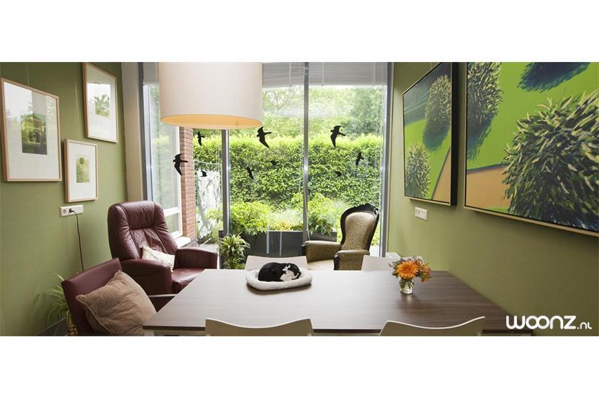 Ruime studio met uitzicht op de tuin Zorgappartement in