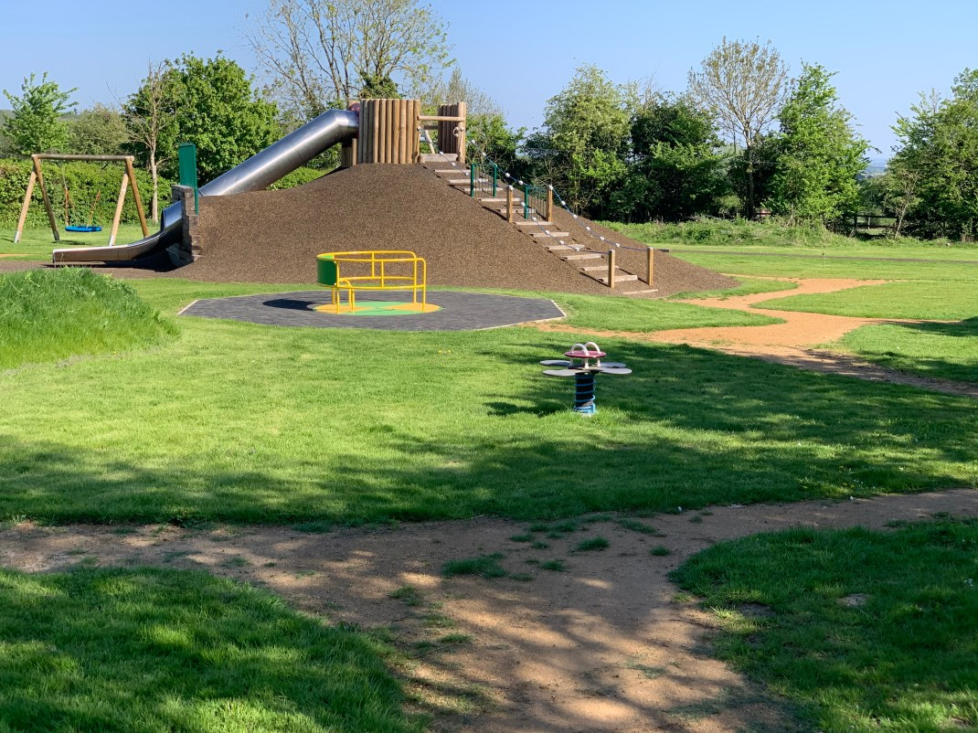 wootton parish community park 4 w