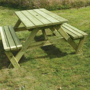 Medium Picnic Table