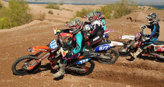 2016-04-brandy-richards-start-worcs-racing