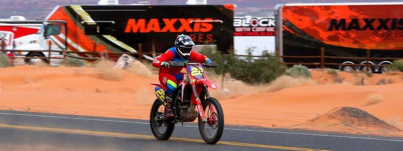 2017-07-travis-damon-maxxis-bike-worcs-racing
