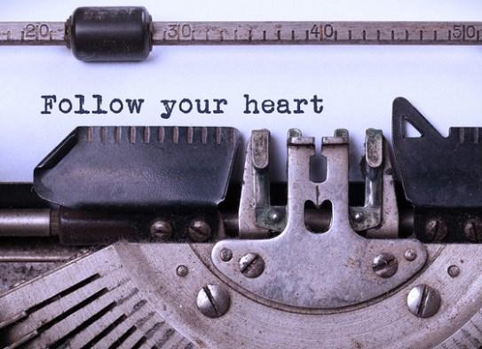 خمسة أمور عليك تعلمها بشأن الكتابة | نادي كلمة للقراءة