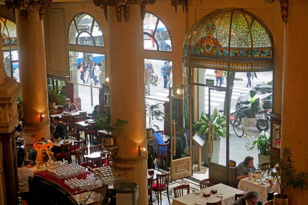 08_cafe-las-violetas_1040432bw