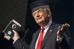 Donald Trump Tells World He Is Muslim