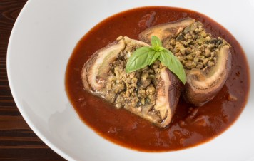 stuffed-sicilian-eggplant-alternate-plating-1614